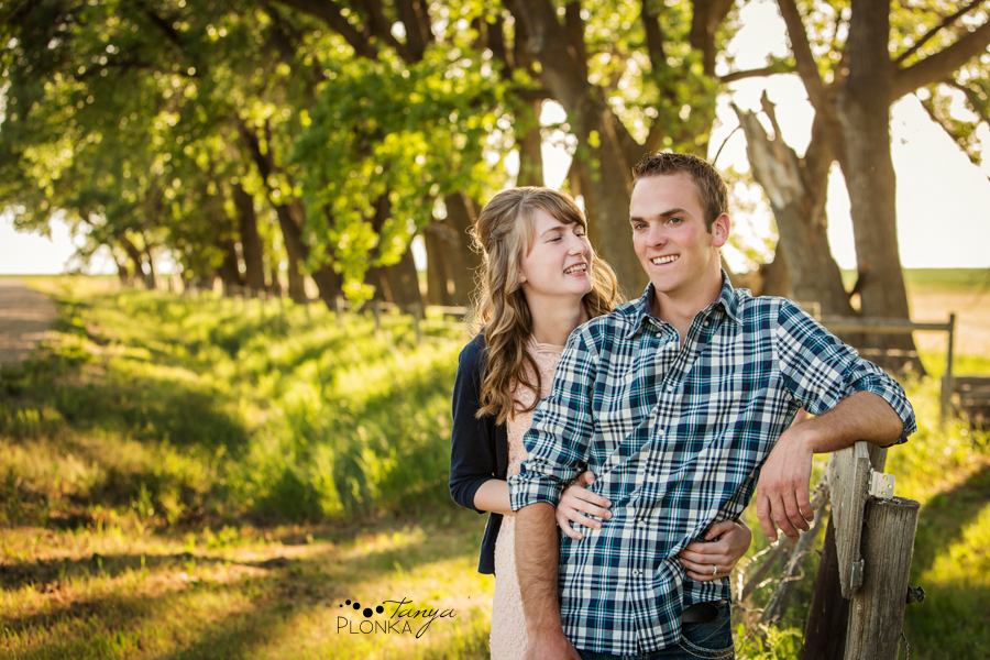 Park Lake country engagement photos