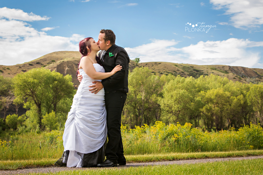 Kyle and Cayley, Pavan Park carnival wedding photos