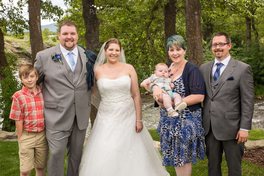 Jill and Shaun, Crowsnest Pass private estate outdoor wedding photos