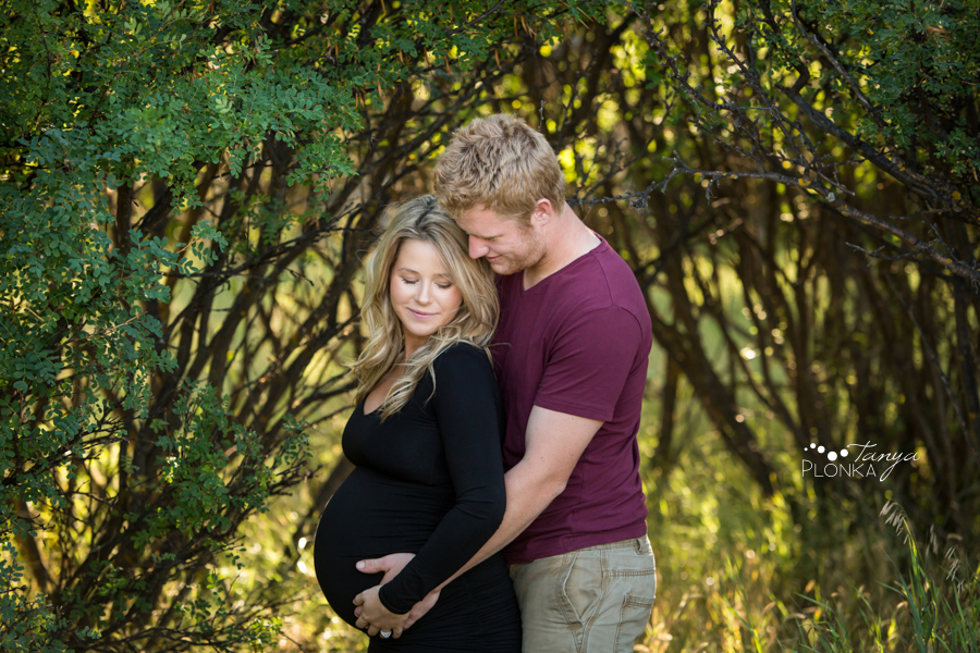 Lethbridge summer evening maternity photos