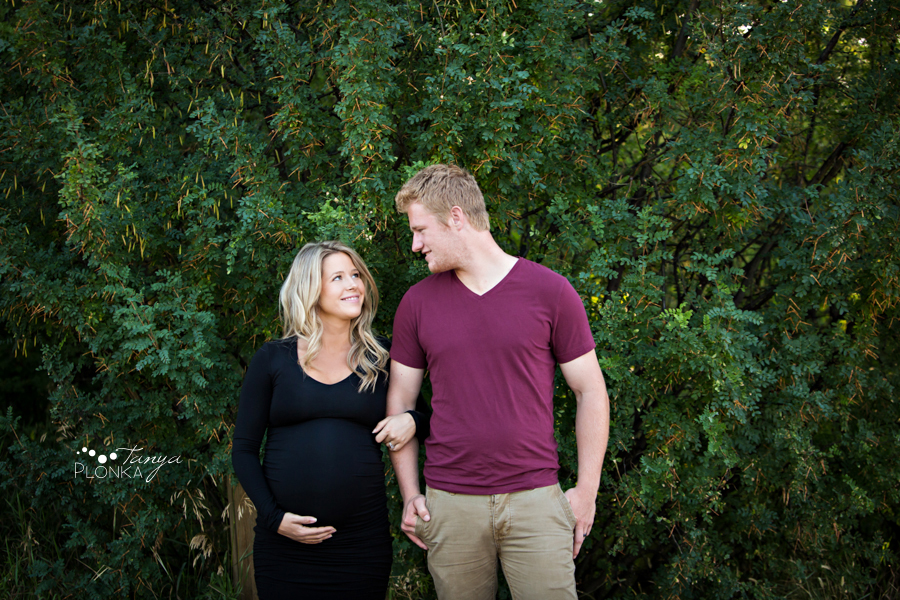 Lethbridge summer evening maternity photography