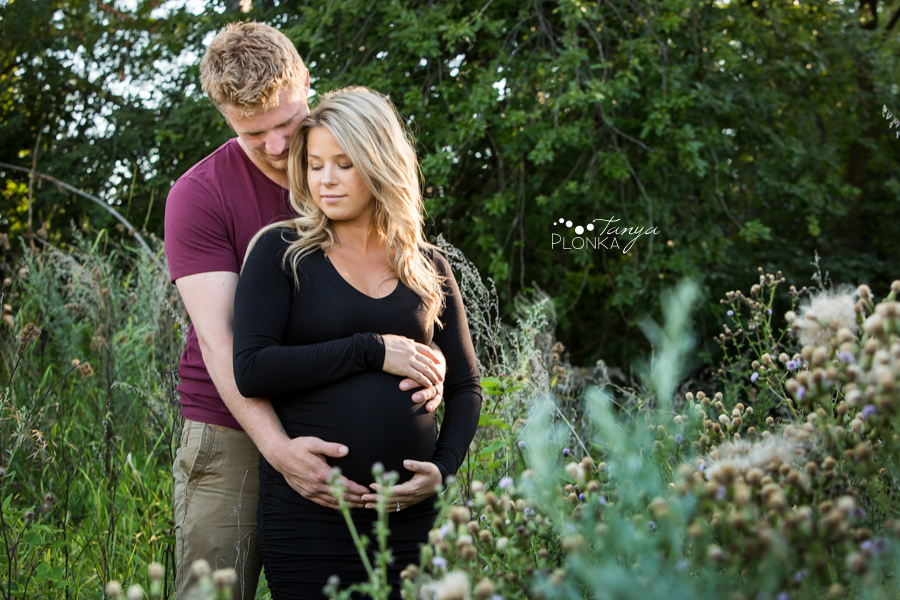 Indian Battle Park summer evening maternity photos