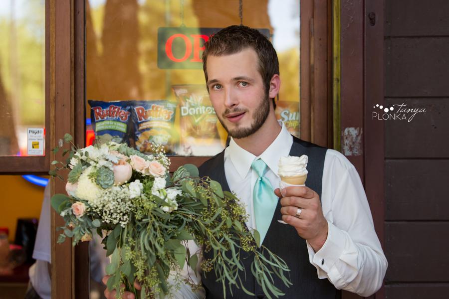 Rylan and Sarah, Henderson Lake summer wedding photos