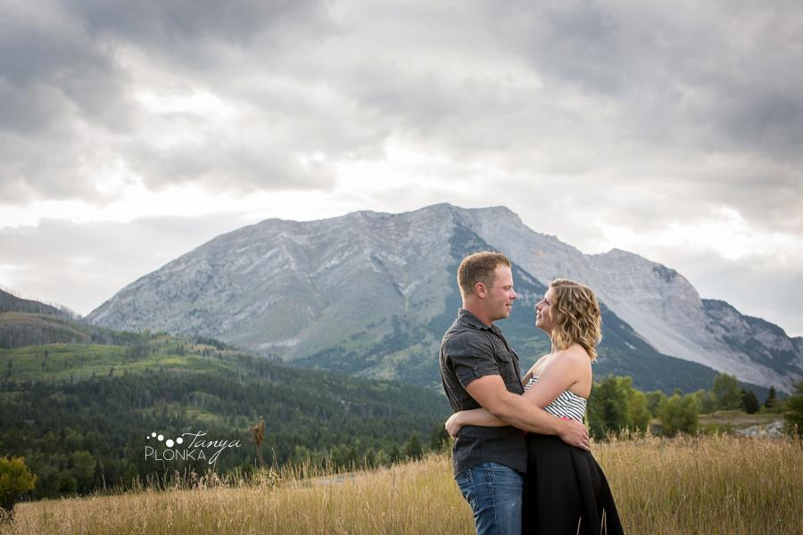 Turtle Mountain engagement photos