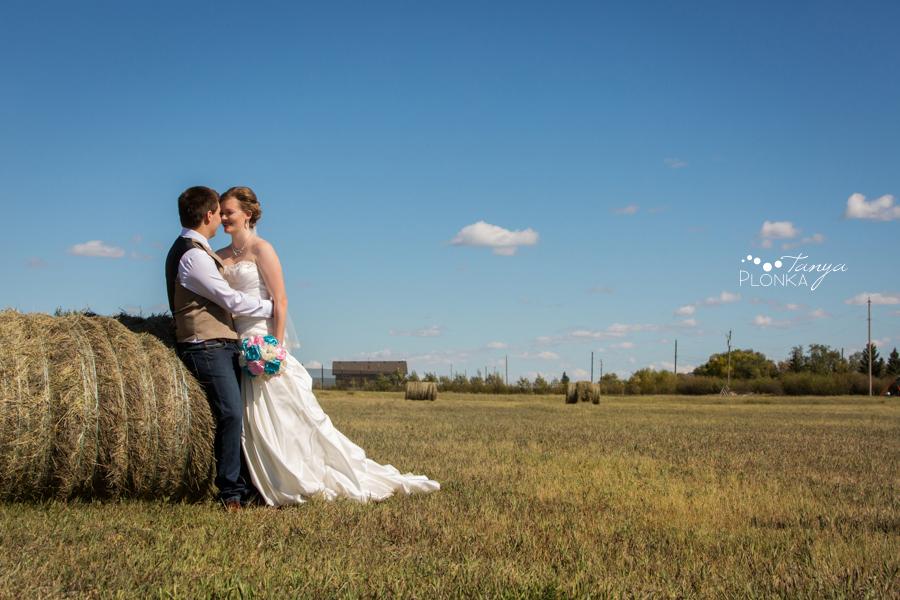 Cameron and Morgan, Fort Macleod backyard wedding photography