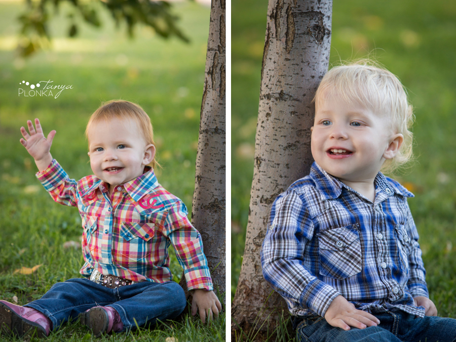 twin sibling country photo session