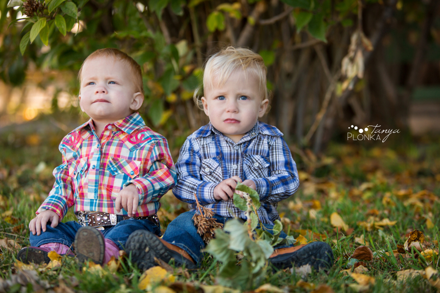 twin sibling Lethbridge western photo session