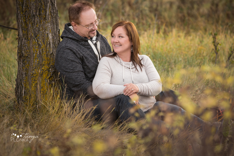 Late Autumn Lethbridge Couples Photos
