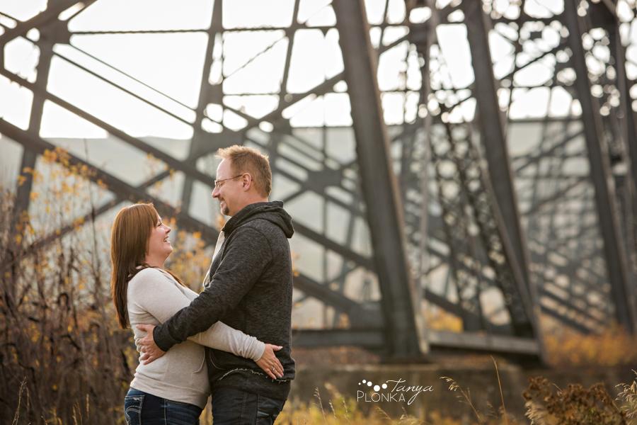 Late Autumn Indian Battle Park Couples Photos