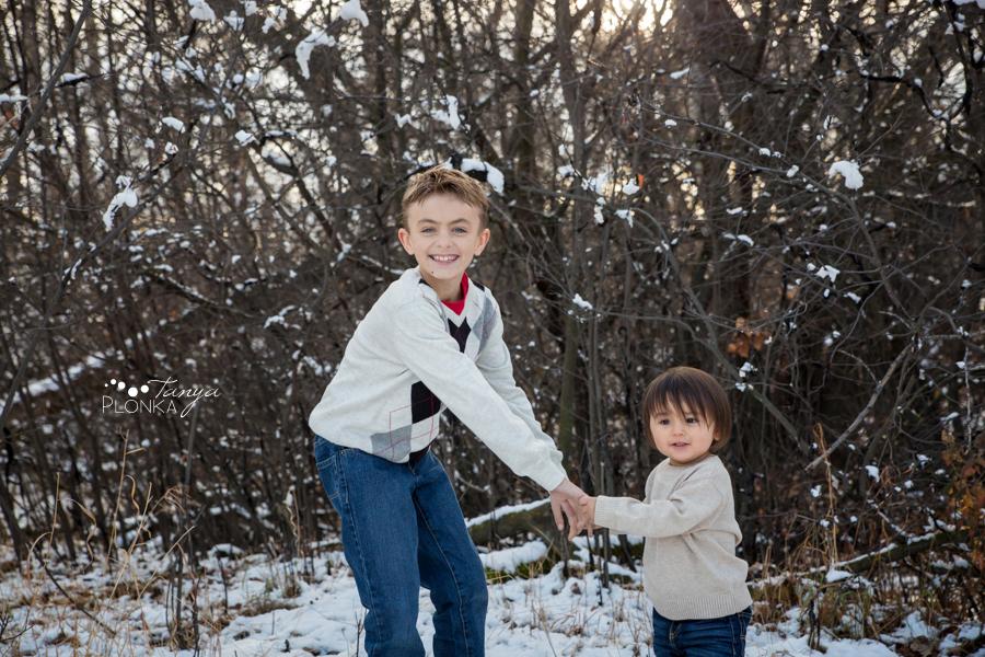 Indian Battle Park snowy family photos