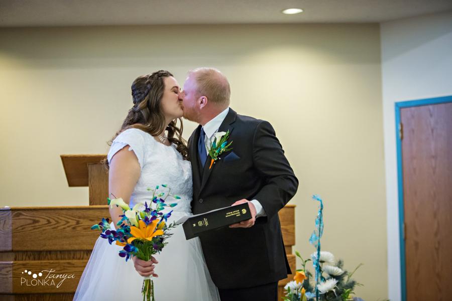 Kevin & Kayla, snowy Coaldale winter wedding photos