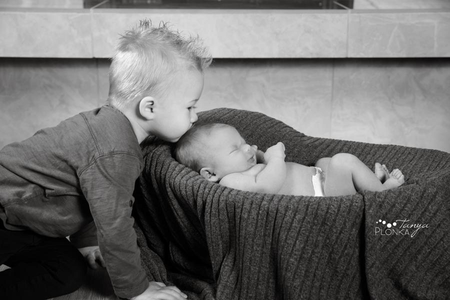 Taber newborn indoor baby photos