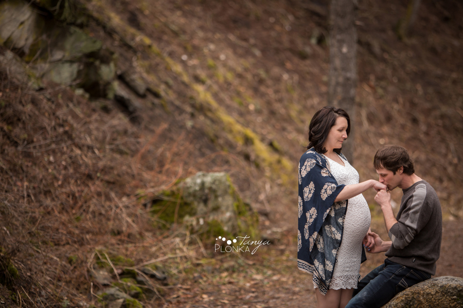 Coleman, Alberta maternity photos
