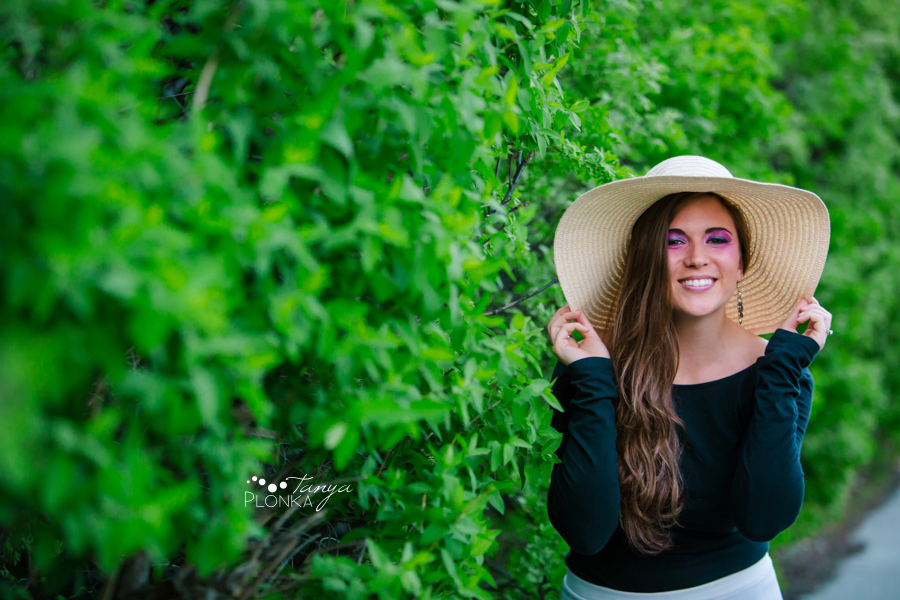 casual summer women's portraits in Lethbridge