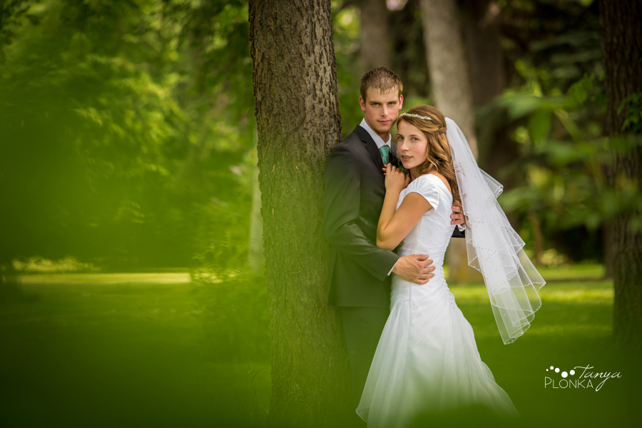 Kim and Nathaniel, Lethbridge Research Centre wedding portraits