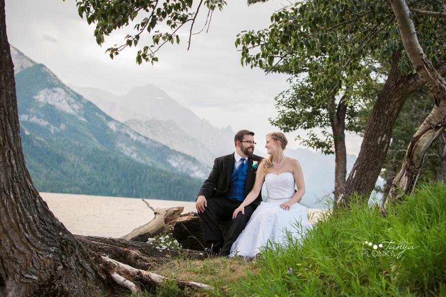 Nicole and Derek, Waterton evening wedding photos