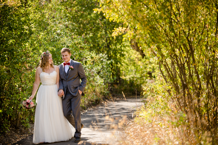 Jessica & Josiah, Lethbridge summer wedding photos