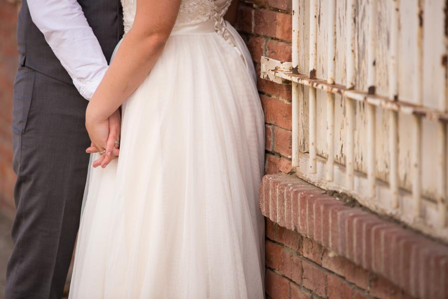 Jessica & Josiah, downtown Lethbridge wedding photos