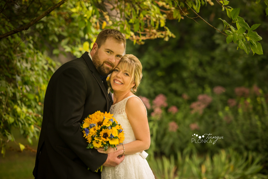 Mandy and Chris, Intimate Southminster United Church wedding