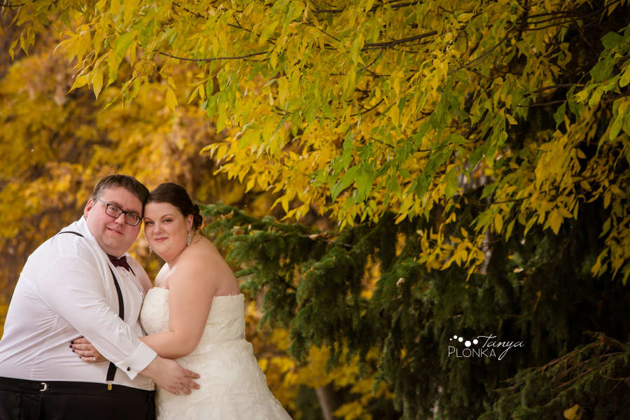 Raiven & Jonathan, Lethbridge Norland Estate Autumn Wedding