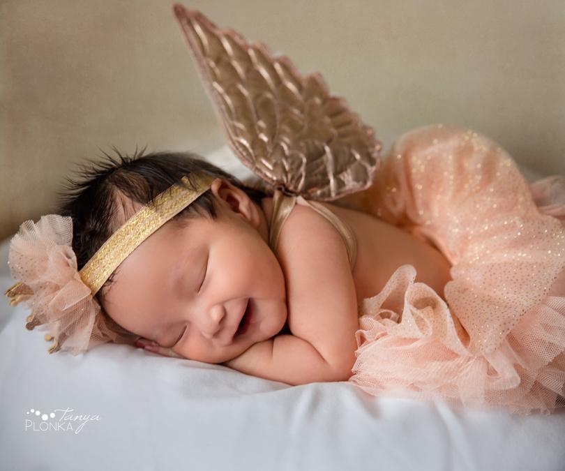 Lethbridge indoor natural newborn photos