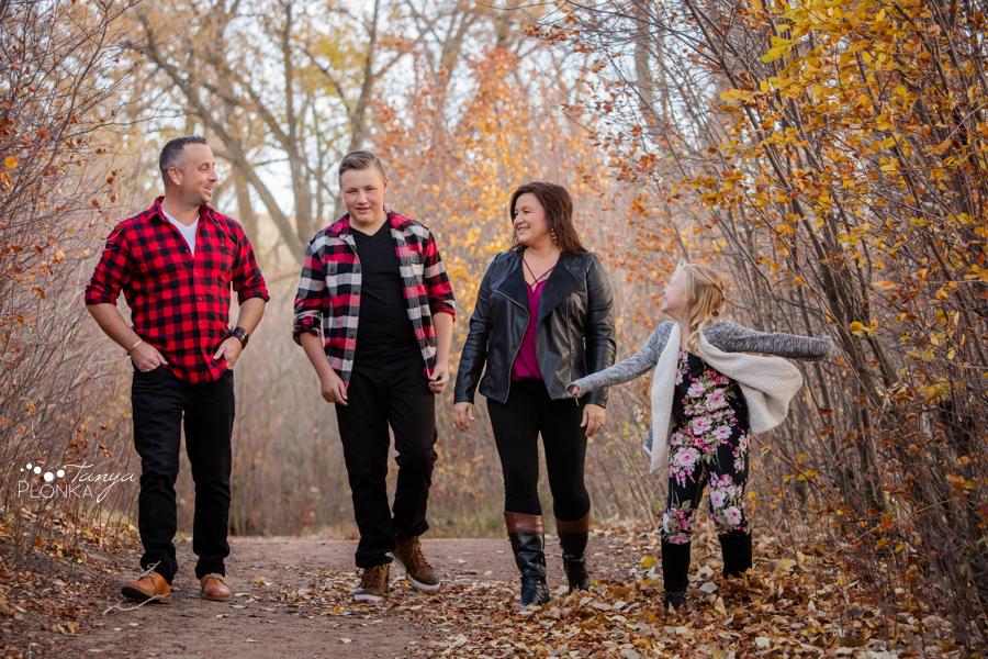 Pavan Park late autumn family photos
