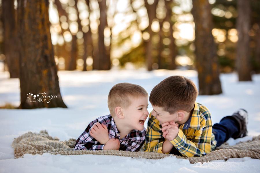 outdoor Lethbridge winter children photos