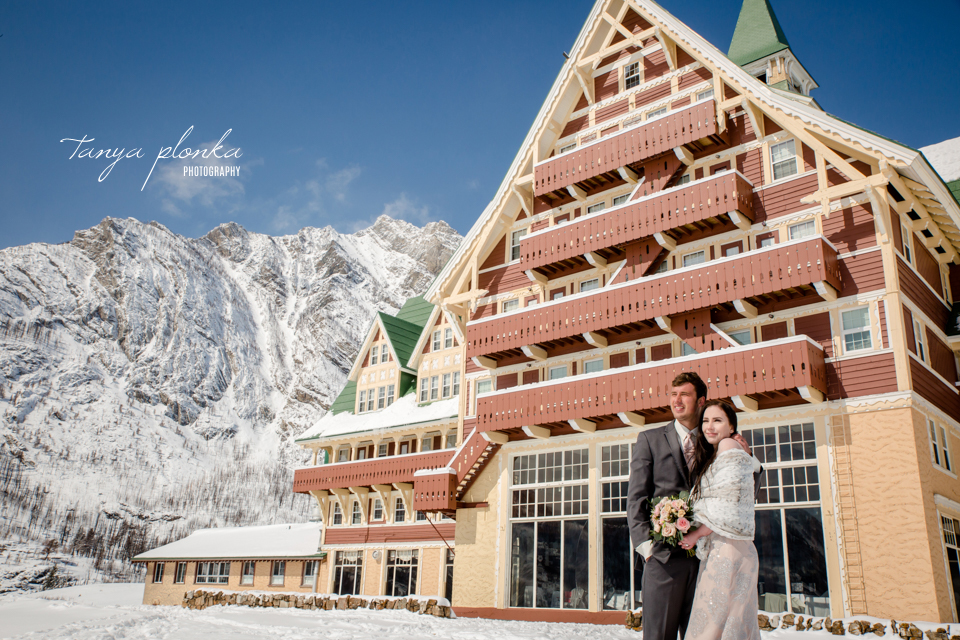 Kayla & Lucas, Waterton Prince of Wales winter wedding photos