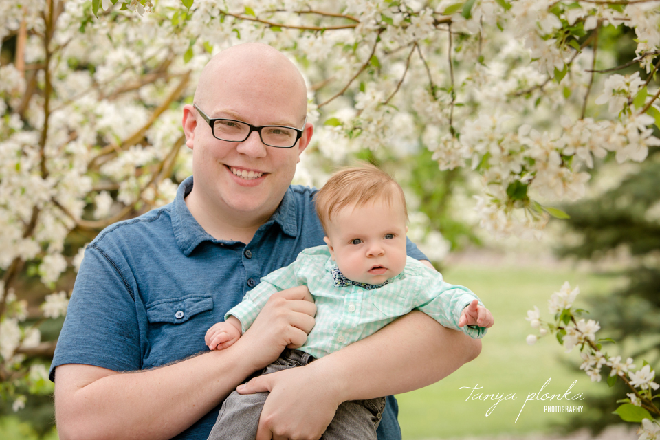 Lethbridge spring blossom newborn photos