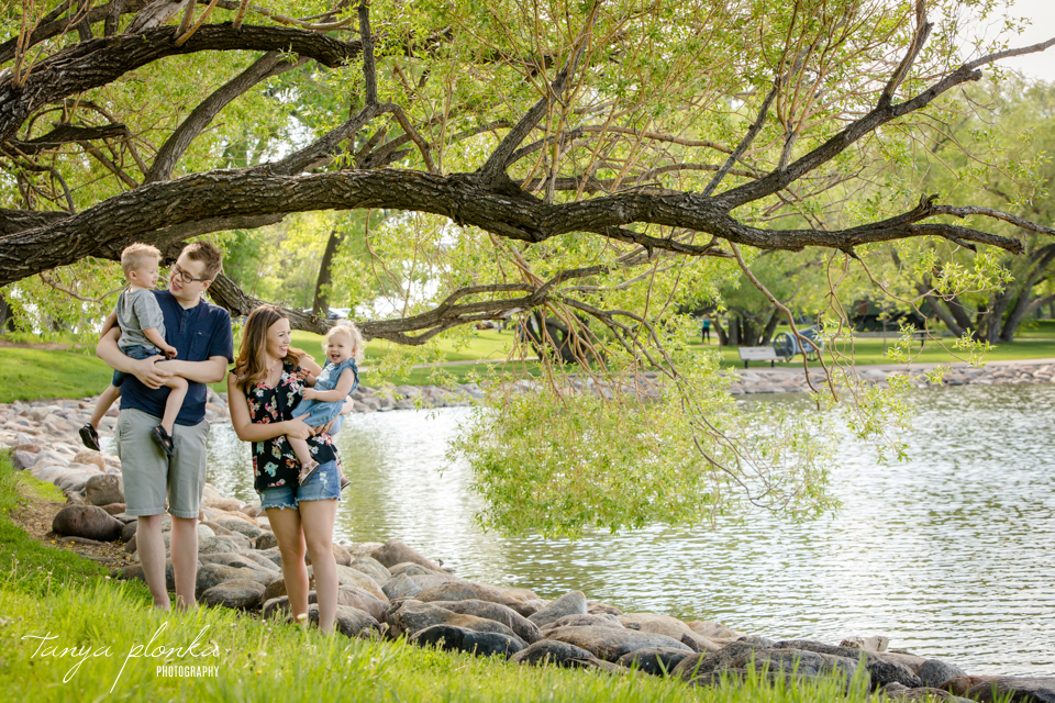 Henderson Lake family photos