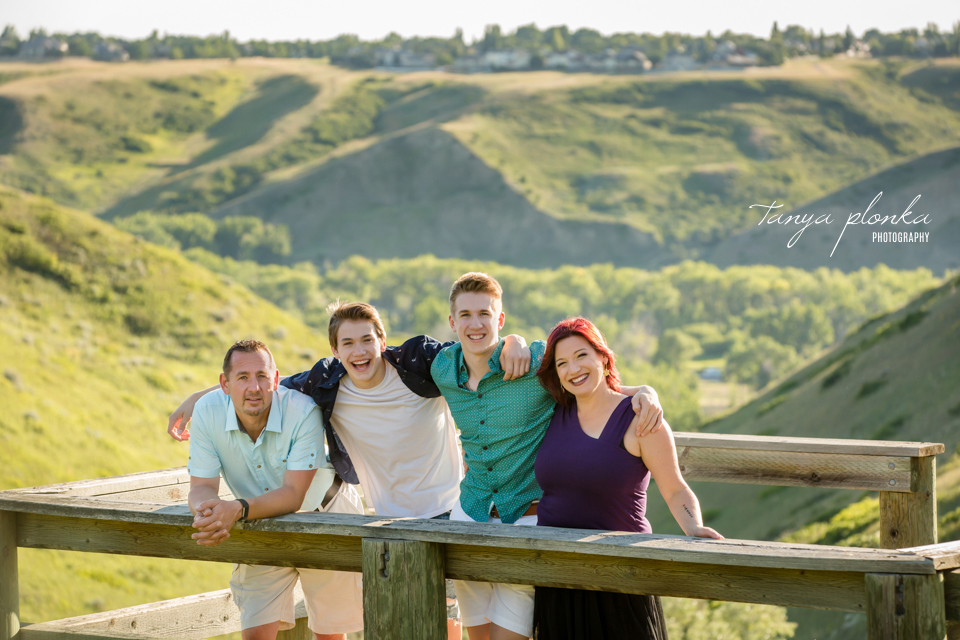 Lethbridge playful family photos