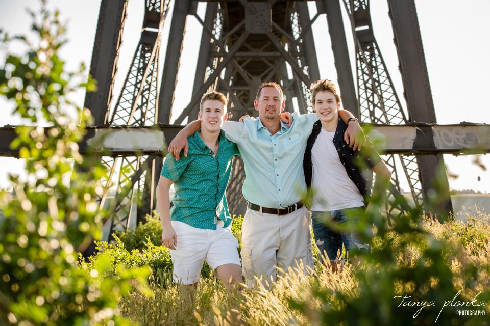 Lethbridge playful family photo session