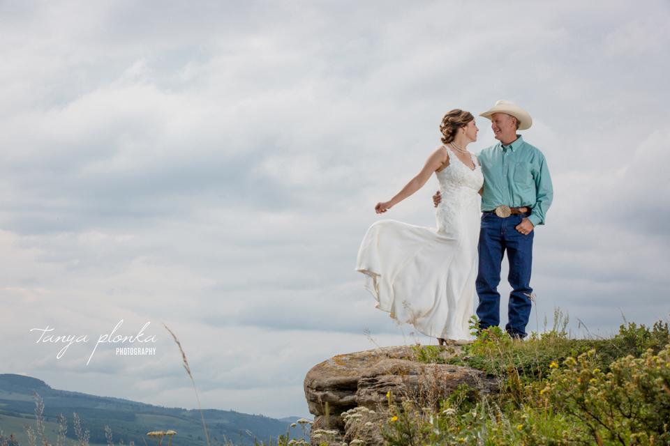Monica & Dave, Claresholm ranch wedding