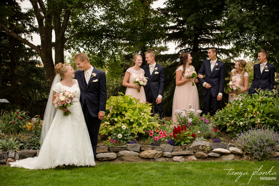 Makayla and Cornell, Picture Butte late summer wedding photos