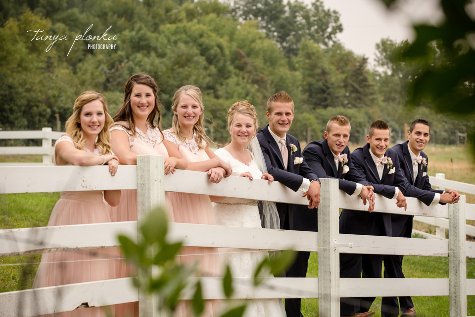 Makayla and Cornell, Picture Butte late summer wedding photography