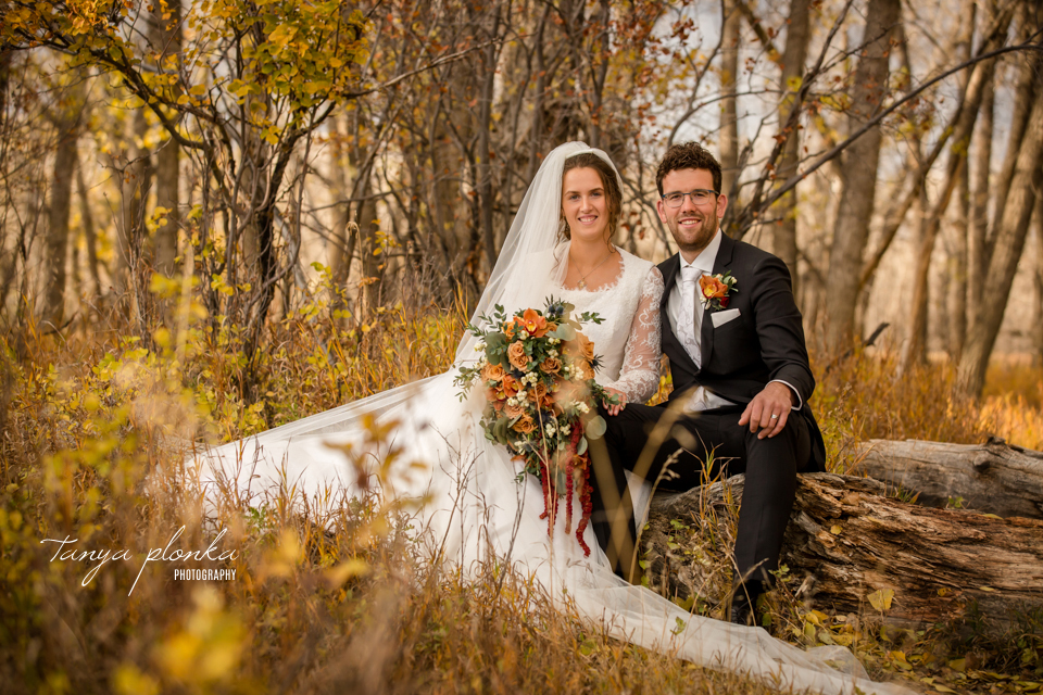 Stacie and Gerrit, Lethbridge Autumn Wedding Photos