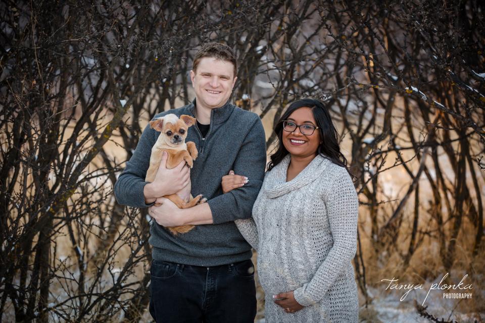 Lethbridge Indian Battle Park winter maternity photo session