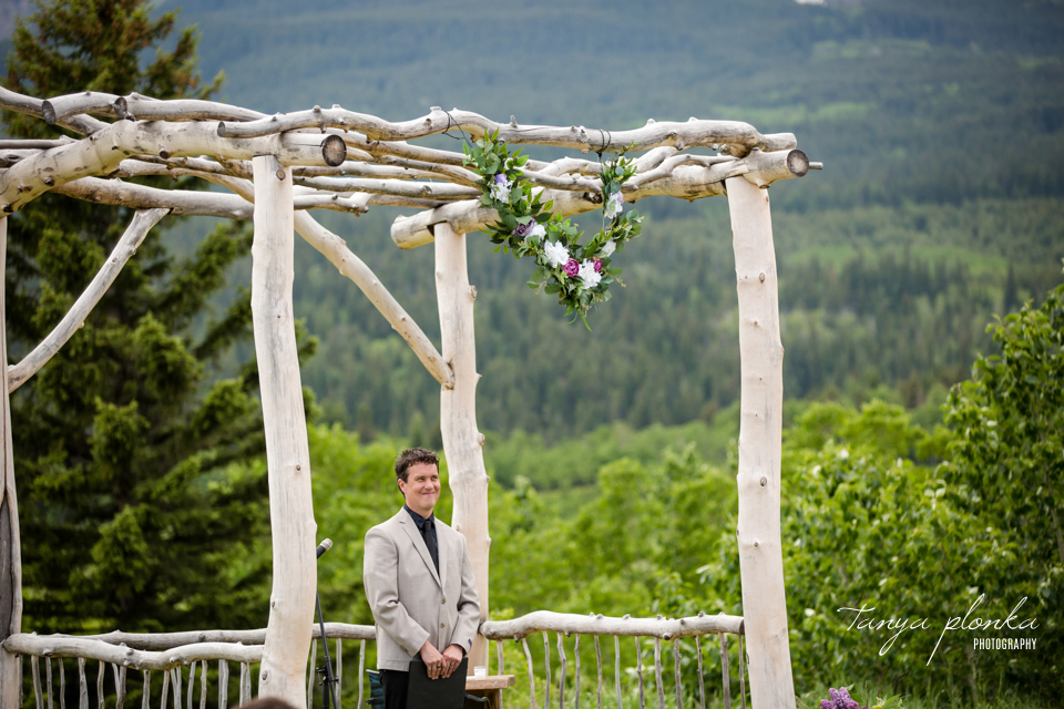 Michelle and Pieter, Castle Mountain wedding