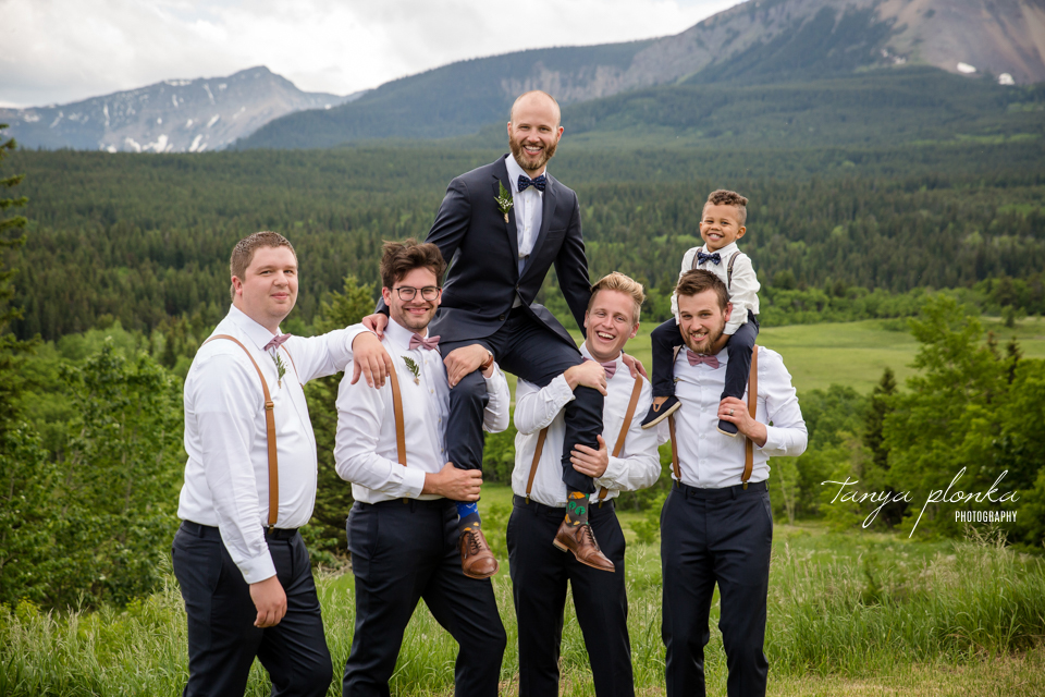 Michelle and Pieter, Southern Alberta mountain ranch wedding