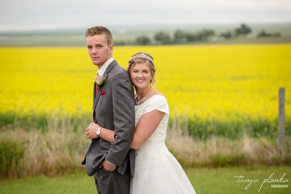 Tacey & Brendan, canola field wedding photos