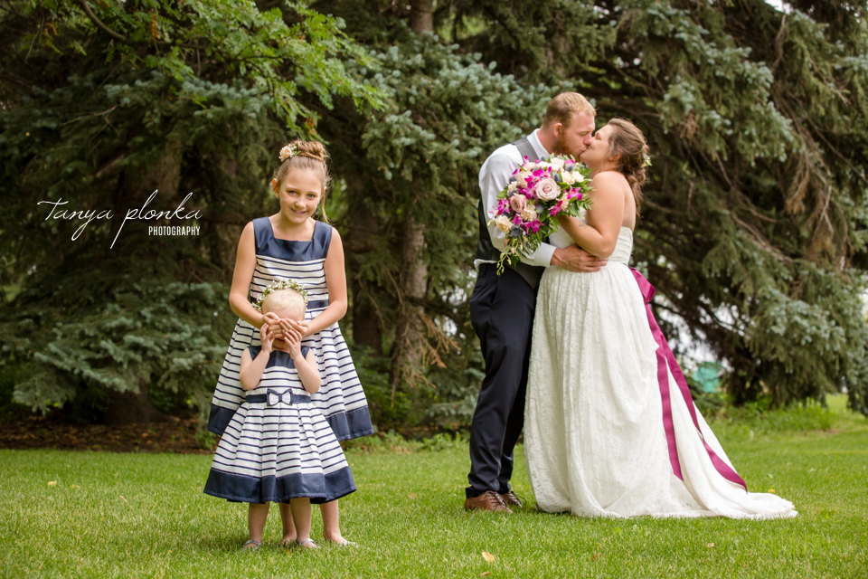 Shaylee and Dennis, Lethbridge Research Centre Wedding photos