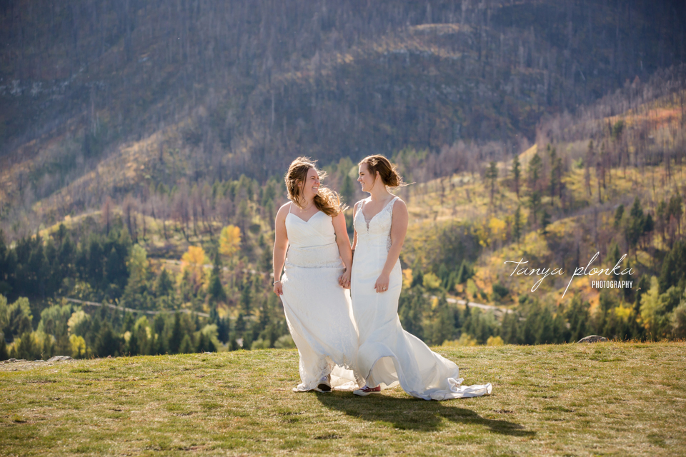Cassie and Chelsea, windy Waterton Prince of Wales photos