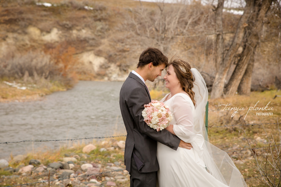 Mackenzie and Scot, Southern Alberta elopement in the foothills