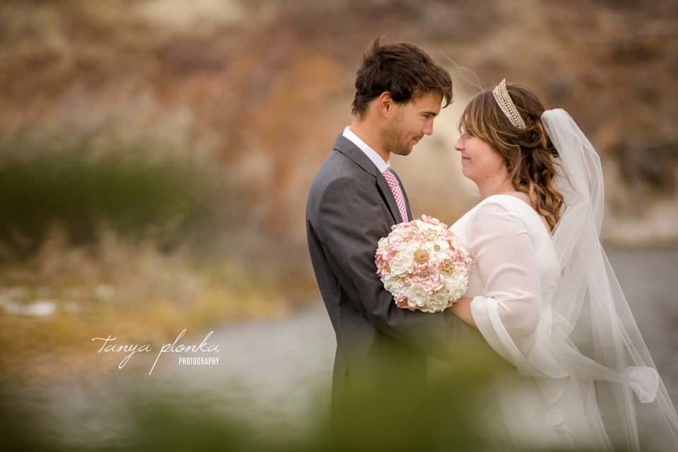 Mackenzie and Scot, Pincher Creek wedding photography