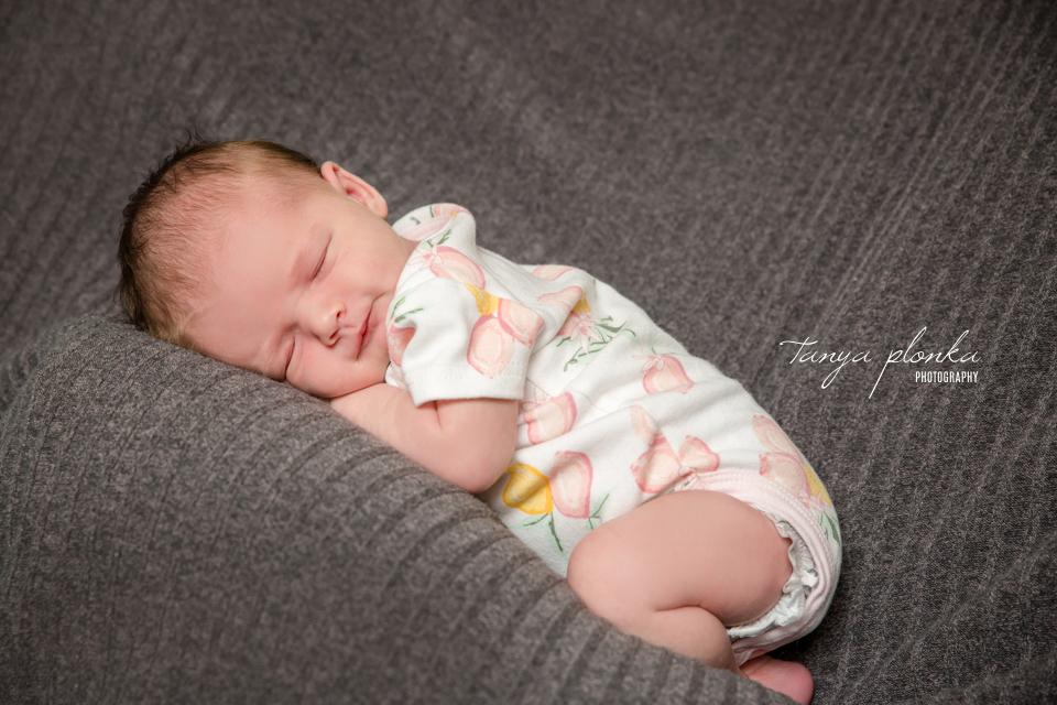 newborn family photos Lethbridge