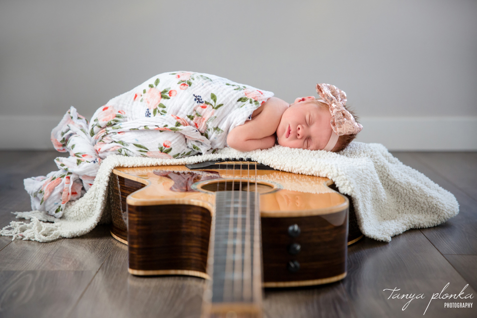 guitar themed newborn photos