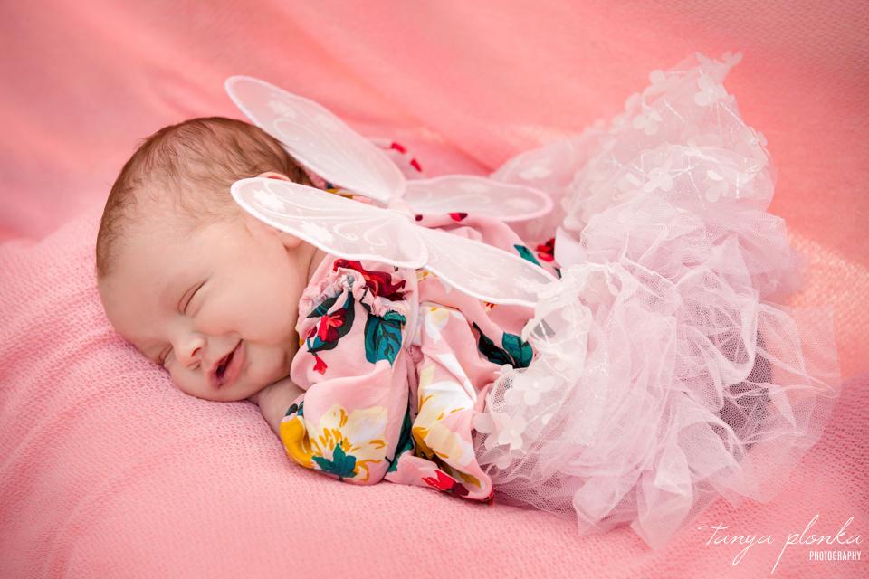 outdoor Lethbridge newborn photos