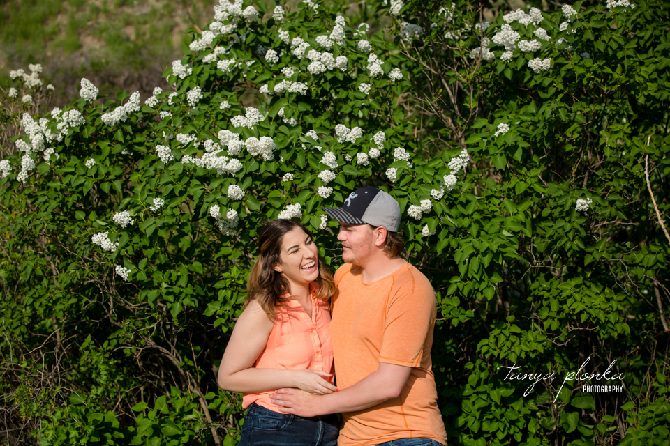 Couples spring portraits in Lethbridge