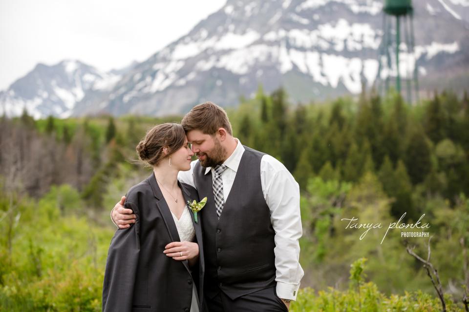 Natasha & Jeremy, Intimate Waterton Lakes Lodge Wedding