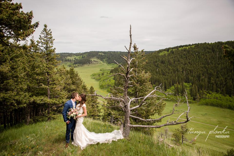 Julie & Nathan, Alberta foothills ranch wedding